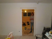05.Natírání zárubní dveří -